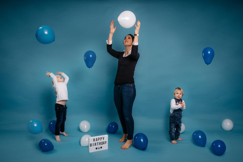 Familienbilder Familienfotos im Studio Fotostudio München Familie